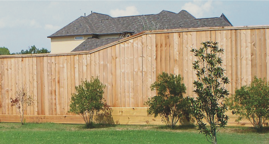 natural-wood-stain-on-privacy-wood-fence-in-tyler-texas